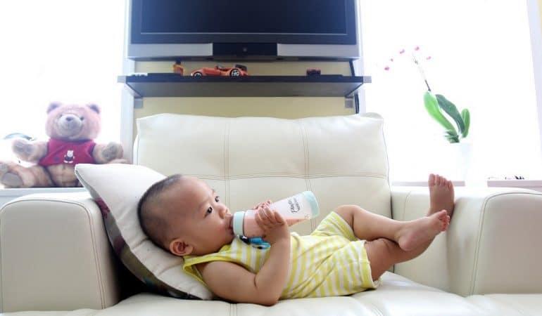 Quelle alimentation pour son bébé de 0 à 1 an ?