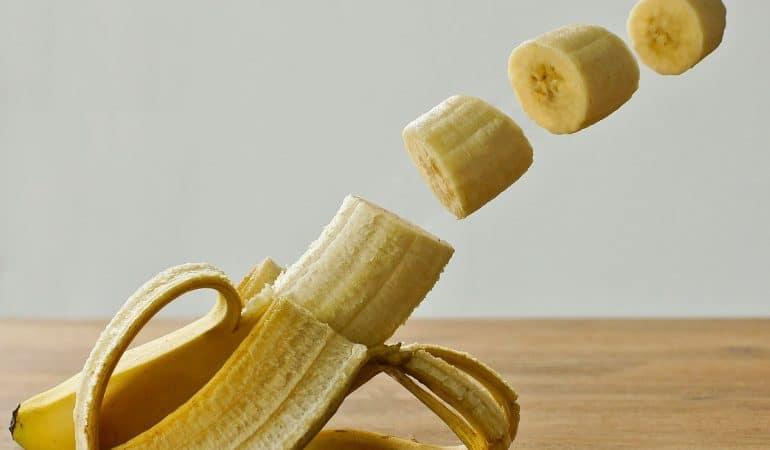 10 idées d'aliments jaunes pour bébé