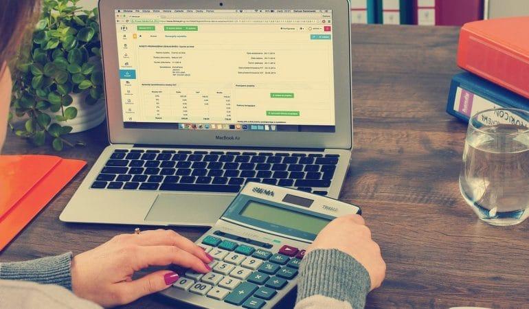 Comment facturer des prestations à des clients ?
